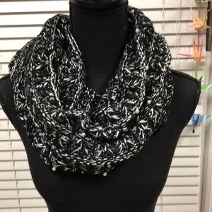 Betsey Johnson knitted scarf